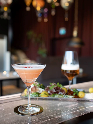 Street Martini Cocktail - Orrefors Martiniglas